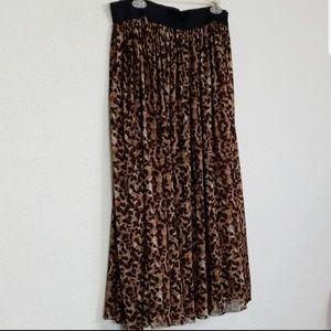 Vince Camuto animal print skirt